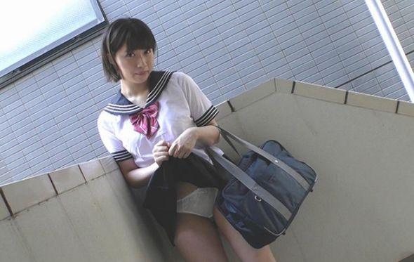 円女交際 中出しoK18歳 関西黒髪ショートピンク乳首巨乳娘 石原希望1